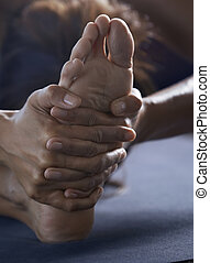 close-up, stretching, yoga, oefening, man
