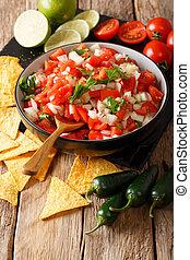 close-up, temperado, vertical, de, tigela, pico, caseiro, nachos., gallo