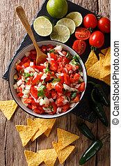 close-up, temperado, vertical, topo, de, tigela, pico, caseiro, nachos., gallo, vista