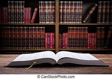 close-up, van, een, open, wet boek