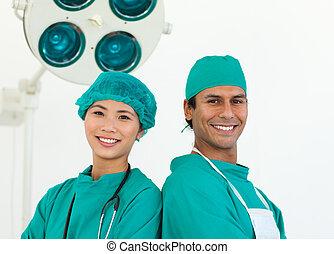 close-up, van, twee, ethnische , chirurgen