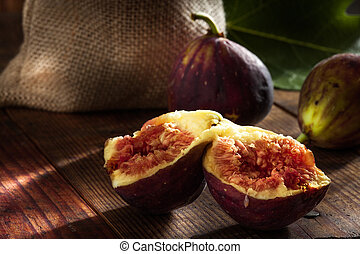 close up view of fresh figs on colo