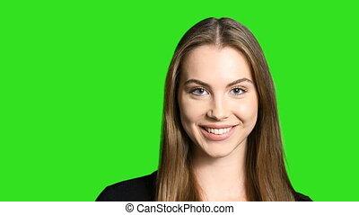 closeup, de, espiègle, femme souriant, appareil-photo