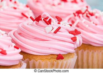 closeup, di, rosa, giorno valentines, cupcakes, con, spruzzatine