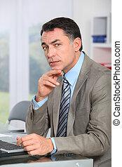 closeup, di, uomo affari, in, ufficio