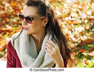 closeup, elegancki, kobieta, park, portret