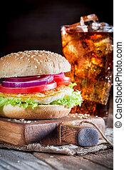 closeup, hamburger, kaltes getränk, schmackhaft