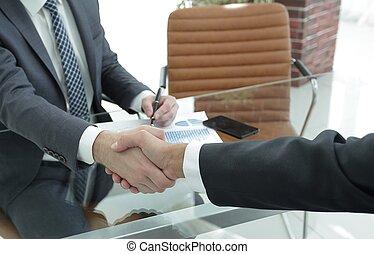 closeup., handslag, mellan, den, finansiell, chef, och, den, klient