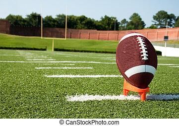 closeup, i, amerikansk fodbold, på, tee, på, felt