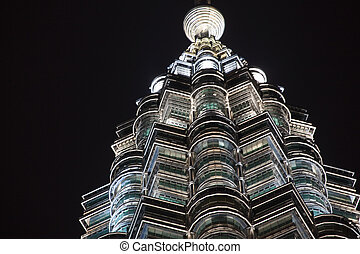 closeup, i, omkring, og, diamant mønster, i, belyst, vinduer, på, petronas tårn, nat hos, kuala lumpur, malaysia