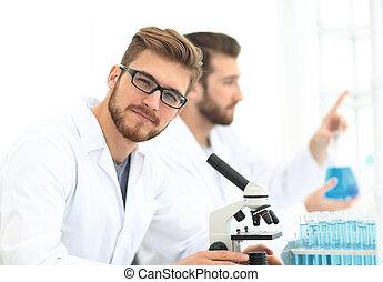 closeup., laboratorium, werkende , bioloog