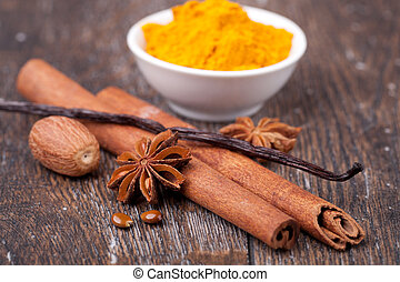 anise, cinnamon and vanilla pods