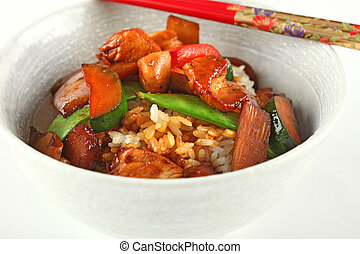 Closeup of chicken stir fry bowl - Traditional Chinese ...