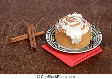 closeup of cinnamon bun