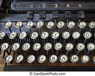 Keys on an old typewriter