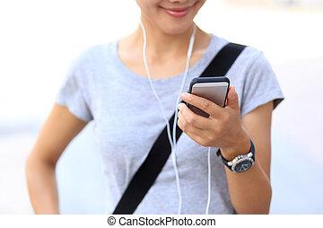 woman use smartphone
