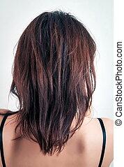 Closeup of the brunette haircut