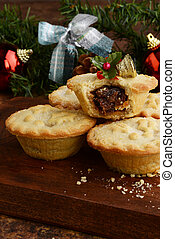 pile of mincemeat pies