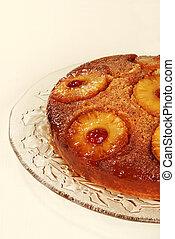 closeup pineapple upside down cake
