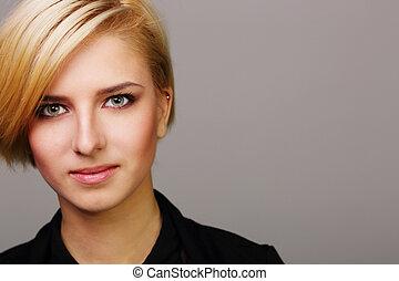 closeup, portret, od, niejaki, szczęśliwy, młoda kobieta, na, szare tło