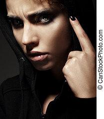 closeup, retrato, de, estrito, mulher jovem