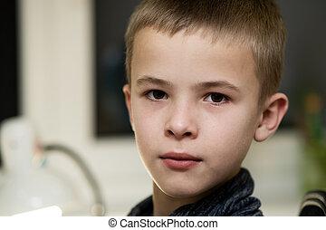 closeup, scuola, ritratto, serio, bambino, boy.