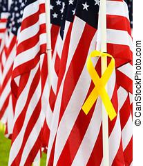 closeup, usa, zászlók, és, sárga szalag