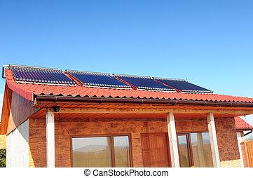 closeup, von, der, bungalow, mit, sonnenkollektoren, panels.