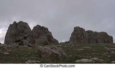 Clouds in the Mountainous Rocks