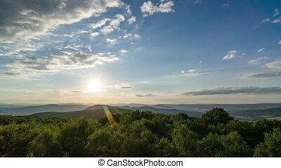 clouds, lapse., над, trees, пейзаж, закат солнца, лес, время, перемещение, ветер