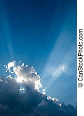 cloudscape, com, raios luz, de, a, sol