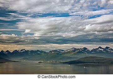 cloudscape, encima, noruega, molde, montañas