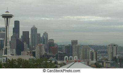 Cloudy Seattle morning - pan (2 of 4)