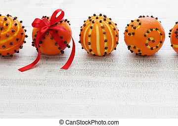 clove orange pomander balls, homemade christmas decoration...