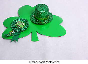 Clover & a hat for St Patricks Day
