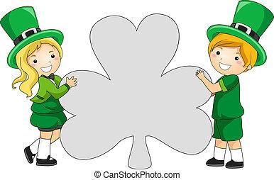 clover-shaped, bandera
