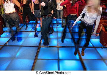 club danse, 3, nuit