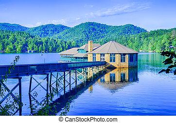 Clubhouse on Lake Tahoma