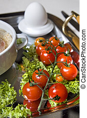 Cluse up english breakfast with tomato in focus
