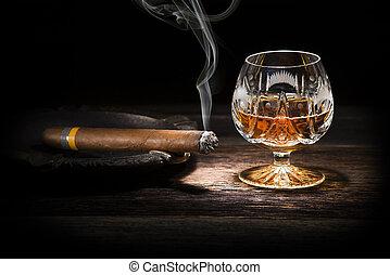 coñac, cigarro