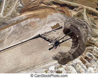 Coal mine transfer belt
