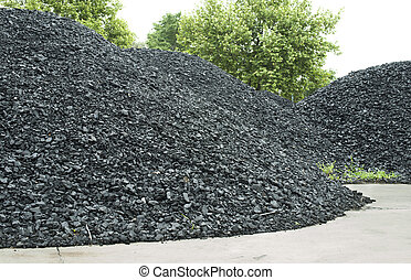 Combustion coal pile