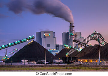 Coal powered plant in Eemshaven - Coal power plants play a...