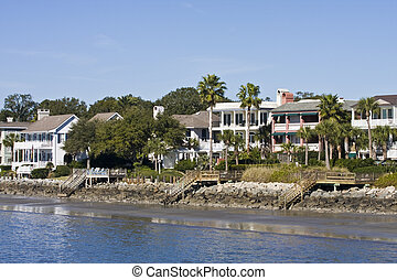 Coastal Homes - Homes and condos on beachfront property