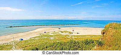 "Coastline ""Hohes Ufer"" between Ahrenshoop and Wustrow,..."