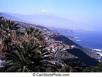 Coastline, Puerto de la Cruz. - View along coast towards...