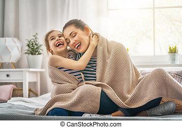 cobertor, tocando, família, sob
