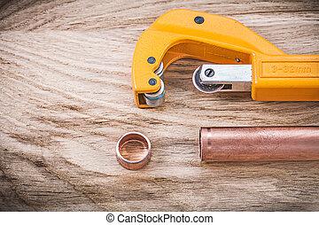 cobre, co, brassware, madeira, cano de água, tábua, encanamento, tesouras