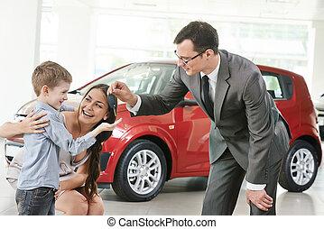 coche, comprar, en, automóvil, venta, centro