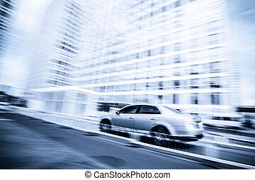 coche, conducción, en, el, zona comercial, mancha